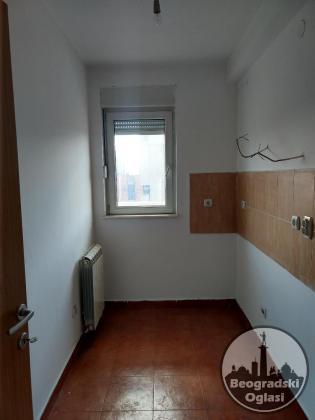 VOŽDOVAC - Lekino brdo 6.0 useljiv 116 m2 HITNA PRODAJA