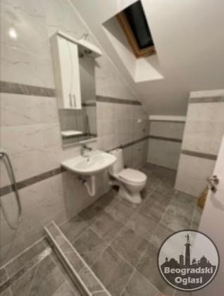 Prodaja bas lepo projektovanog 2,5 sobnog stana uknjizenog na 49 kvadrata