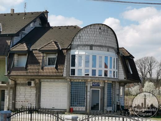 Prodajem poslovno-stambeni objekat