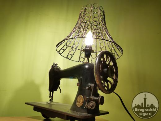 Lampa rucni rad SINGER