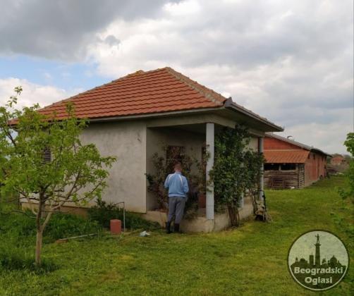 Prodajem celokupno seosko domacinstvo