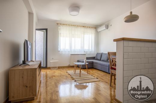 Opremljen Dvosoban stan u Novogradnji-Centar Pančeva