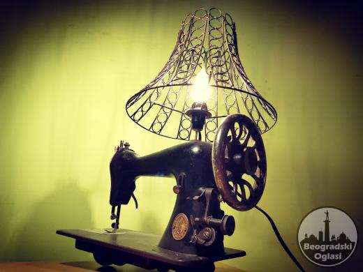 Vintage lampa Singer