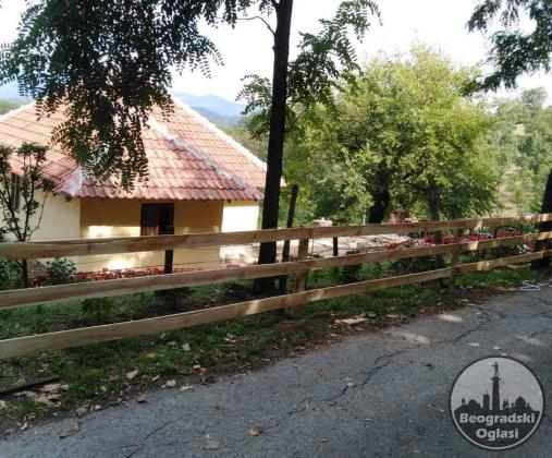 Vilin vrt vikendica za smestaj u selu Otroci nadomak Vrnjacke Banje